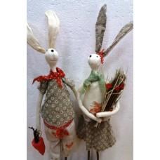 Пара зайцев 55 см