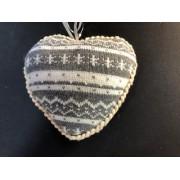 Сердце вязанное13х11 серо-белый орнамент