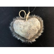 Сердце вязанное 9х10 мех