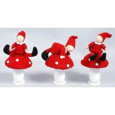 Новогоднее украшение Гномик на грибе 17см, 3 вида